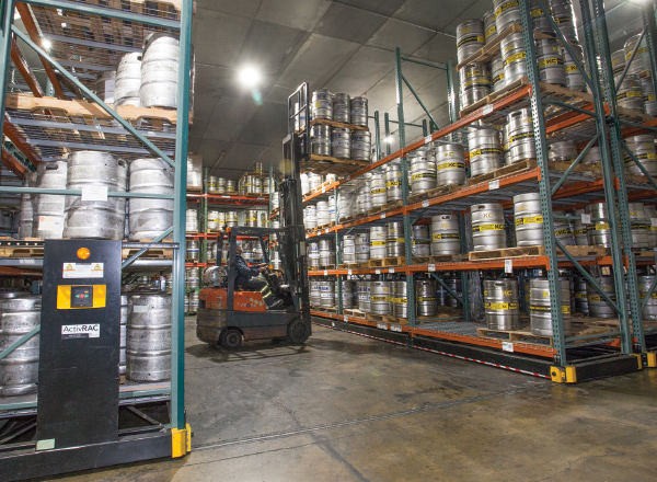 brewery-compact-cold-storage-shelving