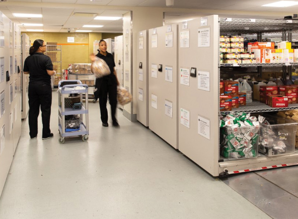 restaurant-food-cold-storage-shelving-systems