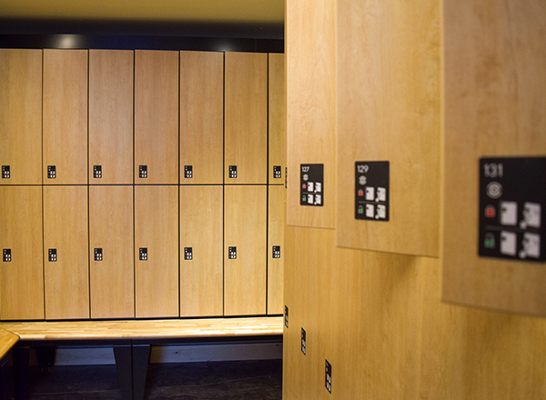 touchless spa lockers